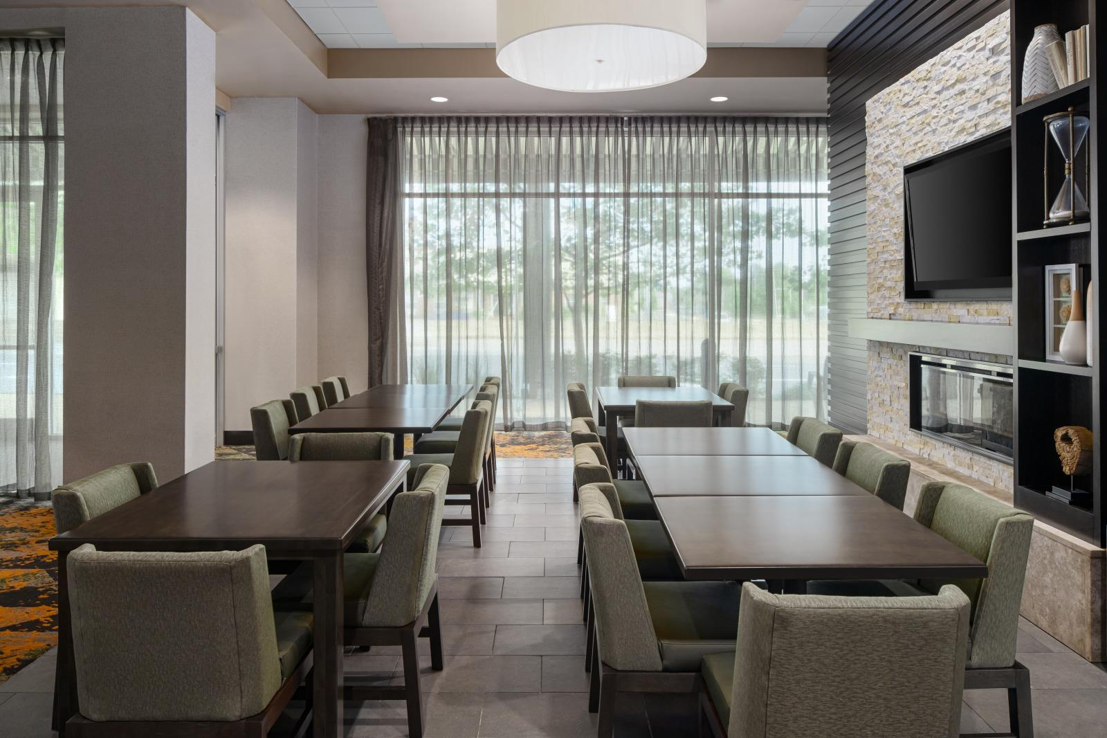 HOMEWOOD SUITES BY HILTON SPRINGFIELD, VIRGINIA